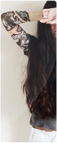 Девушки с длинными темными волосами фото со спины