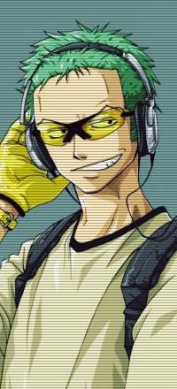 Аватар вконтакте Roronoa Zoro / Ророноа Зоро из аниме One Piece / Ван Пис / Большой Куш, в очках и наушниках, ухмыляется