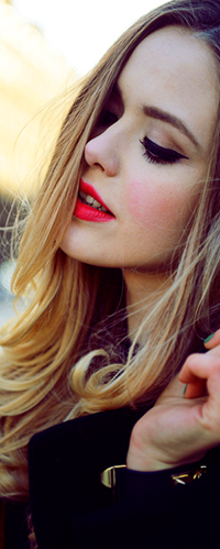 Фото на аву девушки с белыми и русыми волосами
