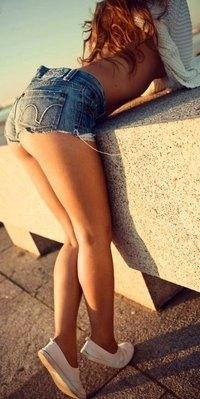 Девушки в шортах фото вконтакте