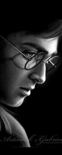 Аватар вконтакте Профиль Гарри Поттера / Harry Potter из одноименного фильма на черном фоне (Artwork by Gabriel)