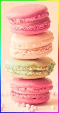Аватар вконтакте Четыре печенья Macarons лежат друг на друге