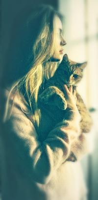 Картинки девушек с котом на аву