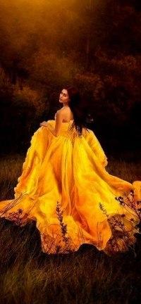 Фото девушек в жёлтом платье в хорошем качестве 720 фотоография