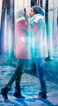 Аватар вконтакте Влюбленная пара в поцелуе