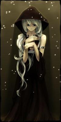 99px.ru аватар Девушка в черном платье с капюшоном стоит под падающим снегом
