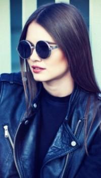 Аватар вконтакте Девушка в солнцезащитных очках, скачать аватар ... 2c6efc787bd