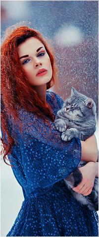 Аватар вконтакте Рыжеволосая девушка с котом под снегопадом, фотограф Марина Полянская