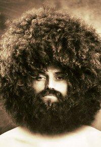 Аватар вконтакте Бородатый мужчина с огромной шевелюрой