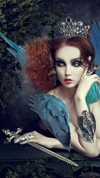 Аватар вконтакте Девушка-ангел с короной га голове положила руку на небольшой меч