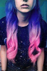 Аватар вконтакте Девушка с пирсингом и цветными волосами