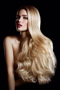 Аватар вконтакте Девушка с длинными волосами