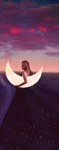 Аватар вконтакте Девушка в звездном платье держит месяц в руке, фотограф Светлана Беляева