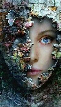 Аватар вконтакте Оригинальный портрет девушки с бабочкой