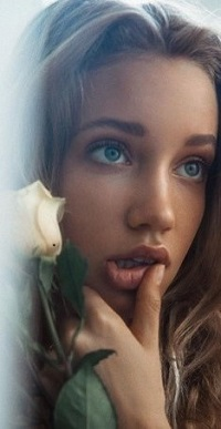 99px.ru аватар Девушка с белой розой