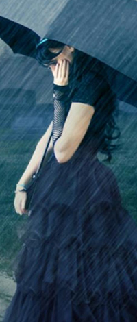 99px.ru аватар Девушка под зонтиком в дождь