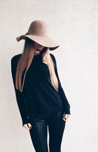 99px.ru аватар Девушка в шляпе