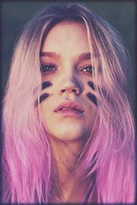 Аватар вконтакте Розоволосая девушка с черными полосами на щеках