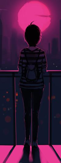 Аватар вконтакте Темноволосая девушка с рюкзаком стоит на балконе, смотрит на город и розовую луну, by o-Bleu-o