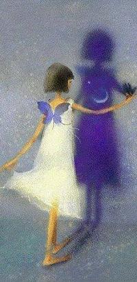 Аватар вконтакте Девочка в белом платье и голубой бабочкой стоит перед своей тенью с луной, by Korean illustrator Mizzi