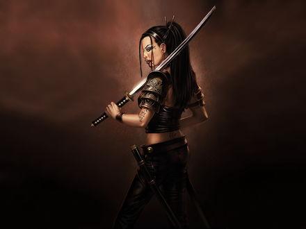 Обои Девушка с самурайским мечом. Кровь в уголках рта, и татуировки по всему телу.