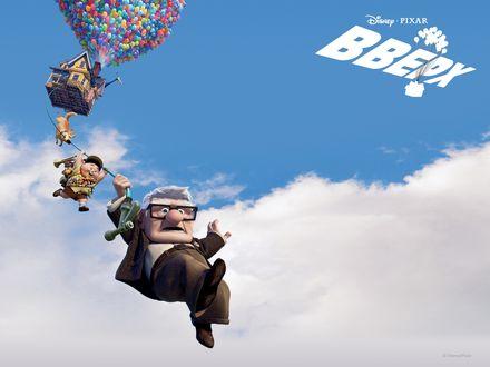 Обои Вверх (Pixar) главные герои спускаются по садовому шлангу из улетающего на воздушных шарах дома