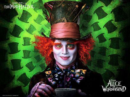 Обои Алиса в стране чудес Alice in Wonderland, Джонни Депп в роли безумного шляпника, Jonny Depp