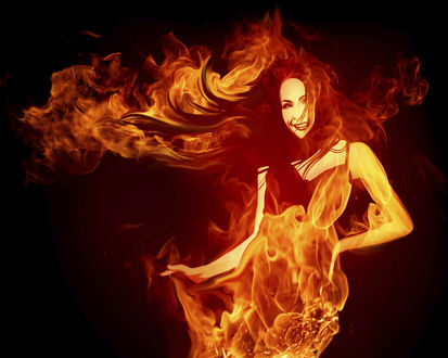 Обои Девушка в языках пламени