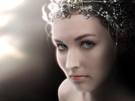 Обои Портрет красивой девушки в диадеме