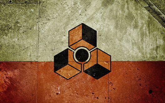 Обои Логотип программы для создания музыки «Reason» нарисованный на стене, три куба и круг