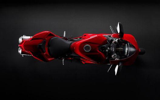 Обои Красный мотоцикл, вид сверху