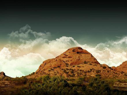 Обои Одинокая гора