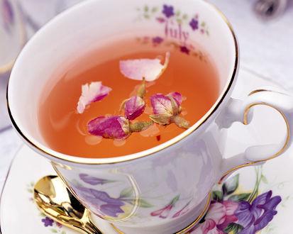 Обои Вкусный чай с цветами