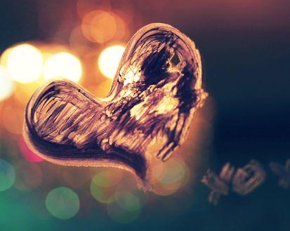 Обои Сердце, нарисованное на стекле