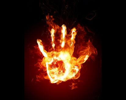 Обои Рука в огне