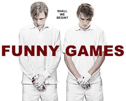 Обои Двое в окровавленных перчатках с опущенными головами из фильма Веселые игры / Funny games (Shall we begin?)