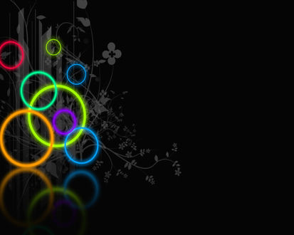 Обои Цветные кольца на цветочном узоре