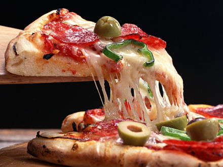 Обои Пицца с плавленым сыром