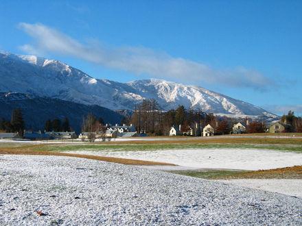 Обои Снежный поселок