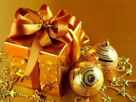 Обои Подарок и Украшения к Новому году