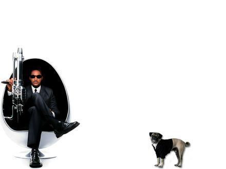 Обои Агент Джей с инопланетянином (Люди в чёрном) Уил смит и мопс