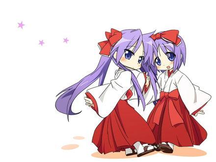 Обои Когами и Цукаса в костюмах храмослужительниц