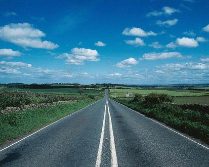 Обои Дорога ,уходящая за горизонт..