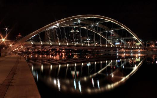 Обои Ночной мост над рекой