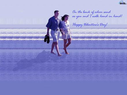 Обои Влюблённая пара идёт по беоегу моря , взявшись за руки(Happy Valentine's Day ! On the bank as you and walk hand in hand !)