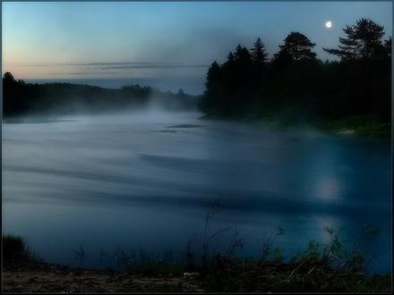 Обои Утреняя дымка на реке