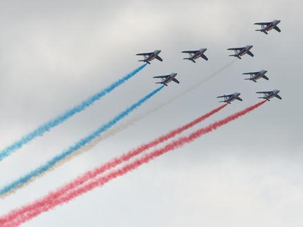 Обои Самолёты на праздничном параде в Москве