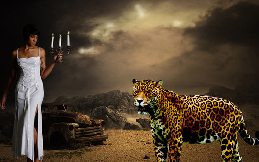 Обои Девушка с канделябром в руке, рядом леопард
