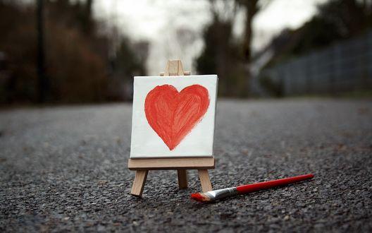 Обои Нарисованное сердечко