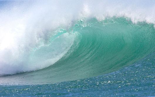 Огромные волны загрузить